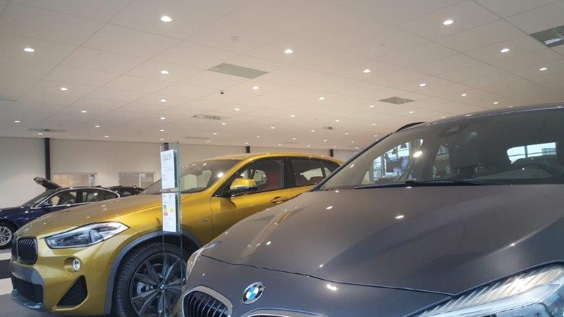 欧州 BMWデーラ